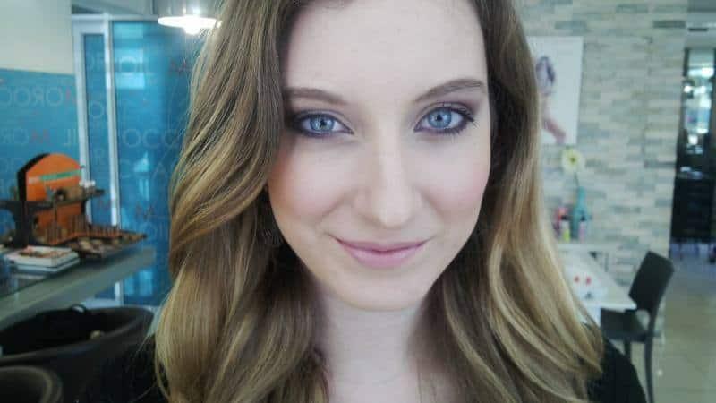 makeup-artist-pe9