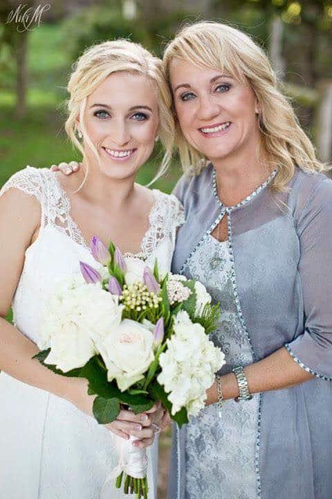 sassi-wedding-hair-makeup-pe22